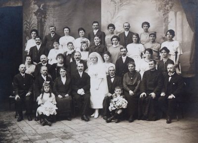 "20 novembre 1920, mariage de Marius Vaudaine et Jeanne Bonin <a target=""_blank"" href=""http://padddy.fr/olympus-digital-camera-24/"">>En savoir plus</a>"